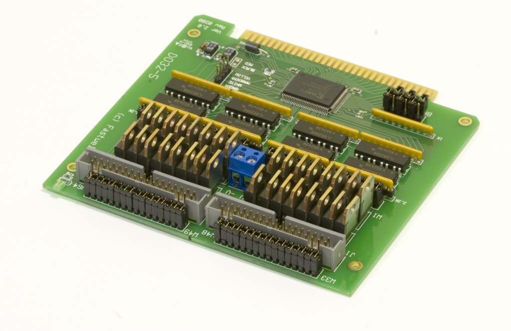 DIC113 (DO32-5) Isolated digital output card (EOL)